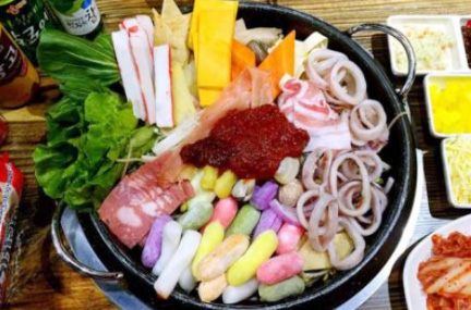 酷选韩国自助年糕火锅