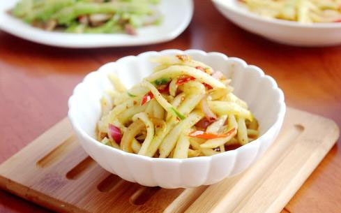 凉拌豆节黄瓜丝