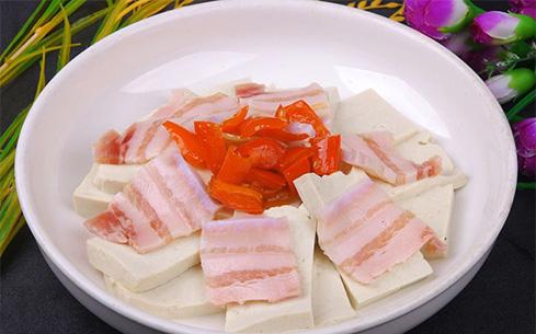 咸肉炖老豆腐