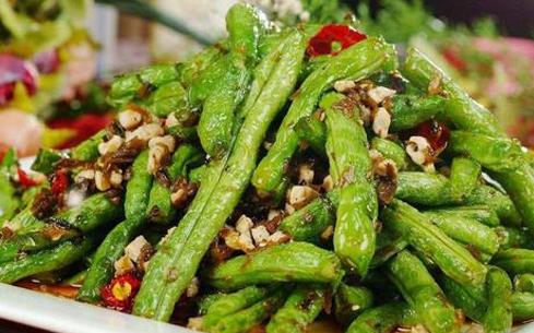 四季豆焖花菜