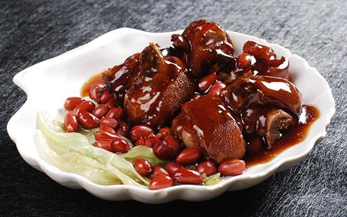 豆香红烧猪蹄