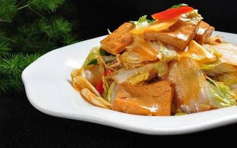 蒜苗炖豆腐
