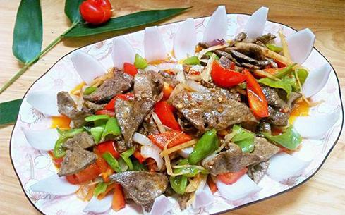 洋葱青菜炒猪肝