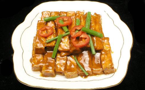 鸡枞酱烧豆腐