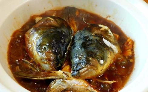 瓦煲焗鱼头
