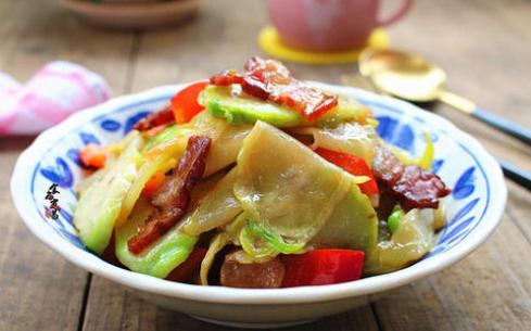 红椒炒儿菜
