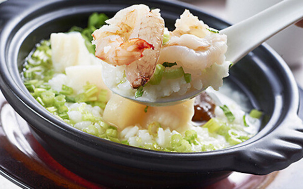 诀将鲜虾汤饭