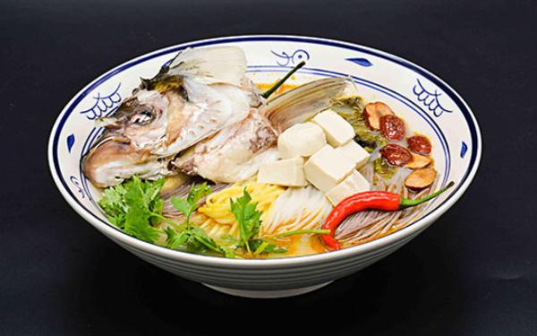 甄鲜鲜鱼汤米粉