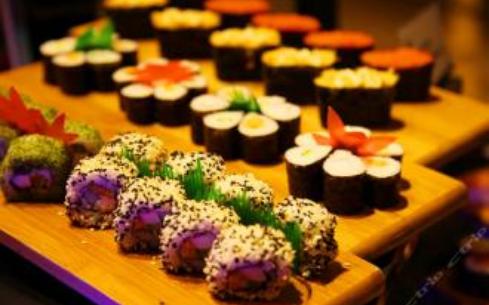 韩滏缘自助餐厅加盟赚钱吗?消费者口碑好