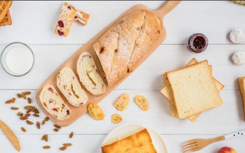 贵阳面包培训要多少钱?学做面包多少钱一个月?