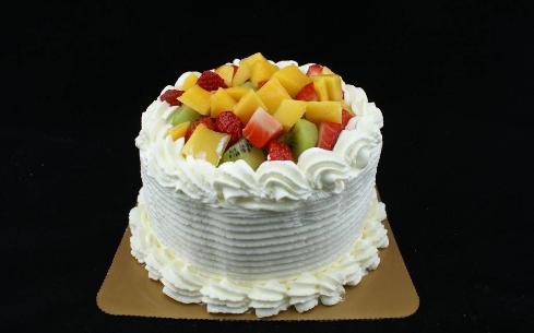 水果蛋糕培训选上海奇尼戈学校!