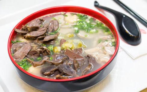 鸭血粉丝汤的制作简单吗?在哪里可以学习制作方法?