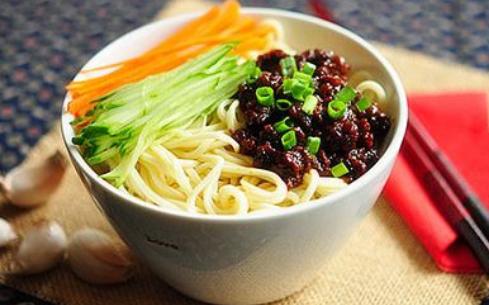 在哪里可以学正宗炸酱面?北京品味轩值得信赖