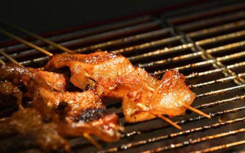 韩风源烧烤涮自助餐厅加盟,点燃梦想赚钱好生意