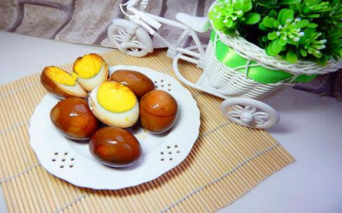 乡巴佬卤蛋培训大概要多少钱,南京新食纪能学到吗