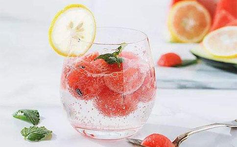 气泡水饮品培训