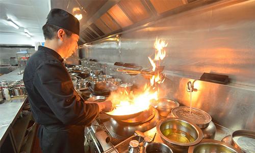 网红厨师,你怎么成为月入过百万的网红厨师?