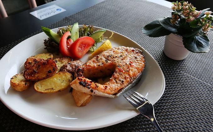 中午吃什么好?养生又美颜的六种食物不容错过