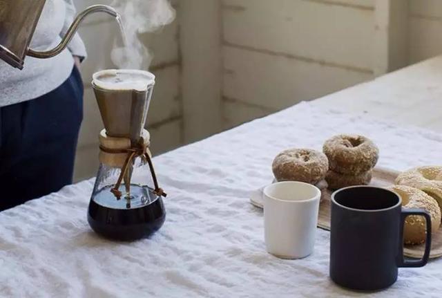 为什么塞纳左岸手冲咖啡越来越受到欢迎?