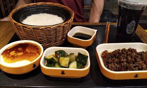 没经验如何经营好一家谷田稻香快餐加盟店?