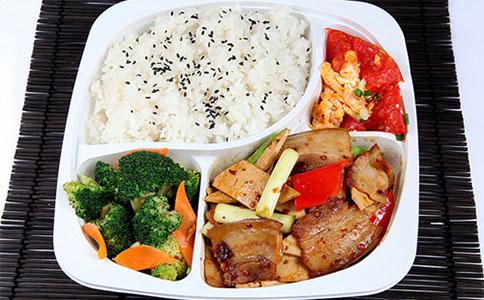 开店案例-小吃网米饭当家台湾卤肉饭加盟前景如何?小吃论坛(1)