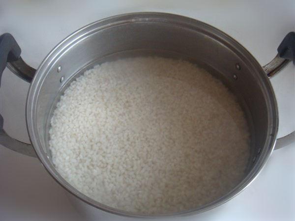 做肠粉的米要浸泡多久才能磨浆?
