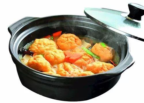 浓汤杂菌煮鱼腐