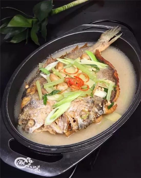 普宁豆酱煮黄鱼的做法