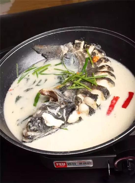 豆浆煮东江黑美人的做法