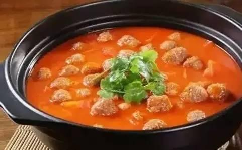 番茄炖牛肉丸子