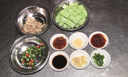 砂锅米豆腐的做法