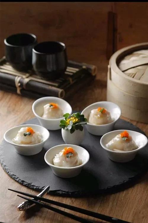 蟹肉扒豆腐煎澳带红鱼籽