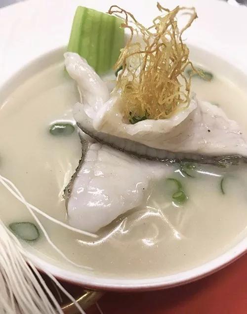 濃魚湯斑片小刀麺