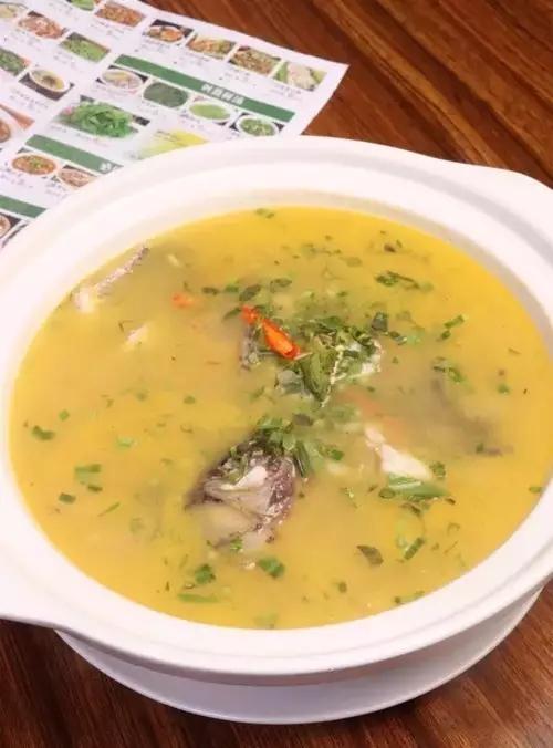 西番莲煮罗非鱼