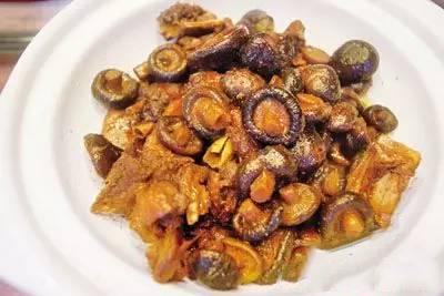 小香菇烧土鸭