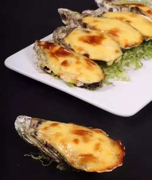 日式蛋黄酱焗生蚝