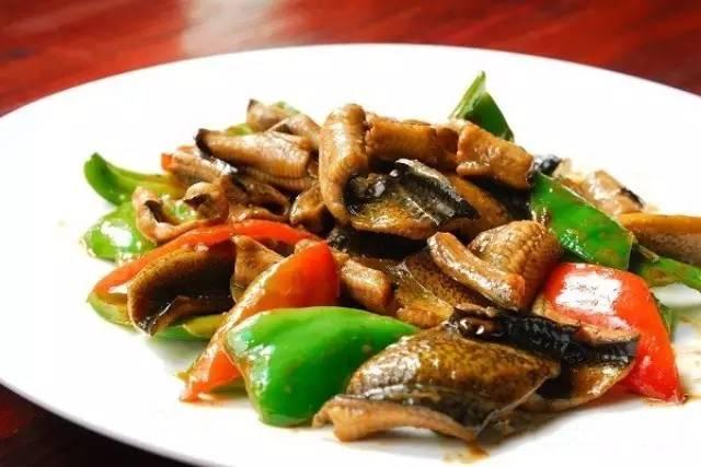 彩椒炒鳝片