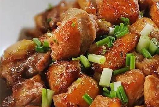 砂锅葱焗清远鸡