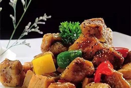 黑椒炒杏鲍菇鹅肝粒