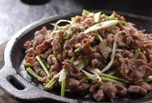 铁板生烤羊肉
