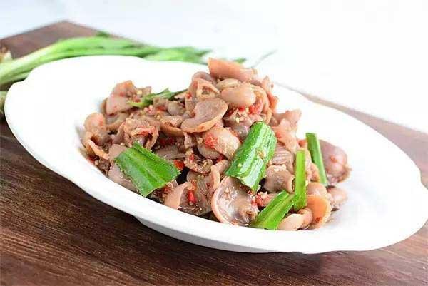 泰国香菜拌雅鱼肚