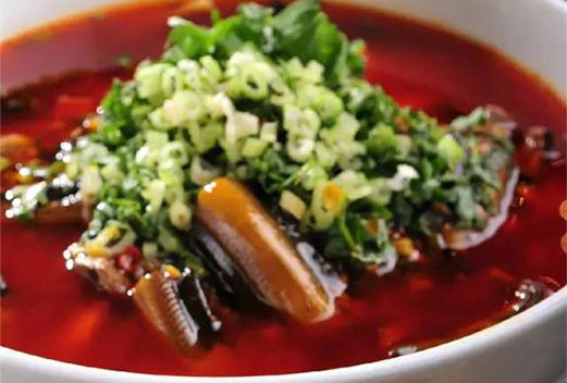 藿香鳝鱼米线