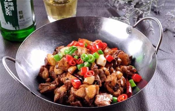 干锅土豆鸡
