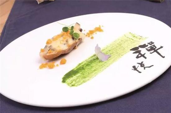 咸蛋黄焗灰豆腐
