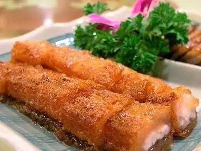 脆皮石鱼卷
