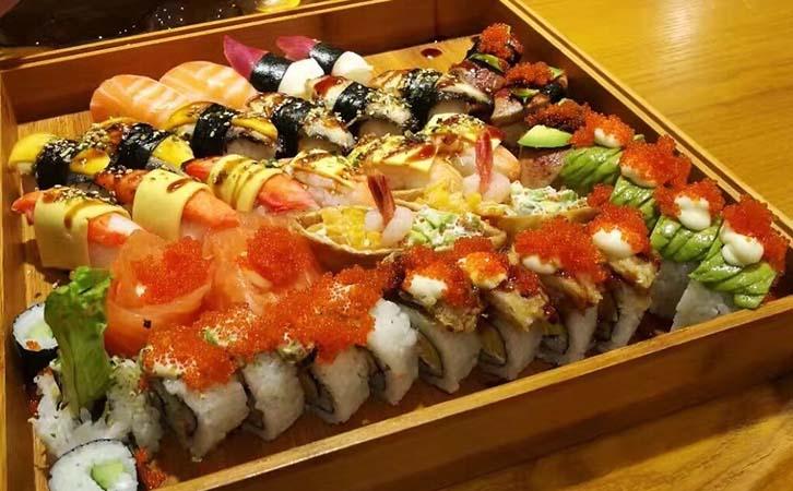河风精致寿司加盟
