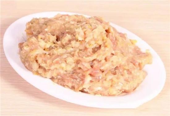 酸菜猪肉馅饺子