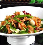 韭菜花炒拐肉