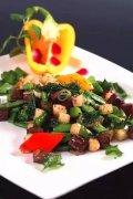 马蹄甜蜜豆炒澳洲小牛肉