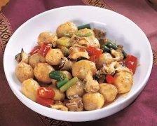 小土豆爆炒海螺头
